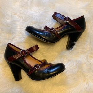 Steve Madden l Double Strap Mary Jane Pumps
